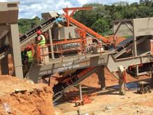 Constmach Usine de concassage mobile d'une capacité de 120 tonnes concasseur neuf