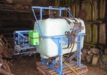 Pulvérisateur porté Berthoud Auto 1000 litres 15m
