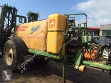 Amazone UG 4500 Magna spraying