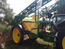 John Deere Trailed sprayer 824