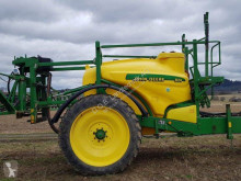 John Deere 824 used Trailed sprayer