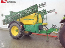 John Deere spraying