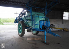 Berthoud Trailed sprayer Racer 3200