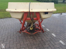 Vicon pendelstrooier seed drill used
