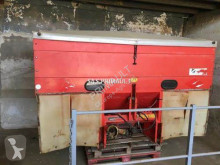 Kuhn 110 used Fertiliser distributor