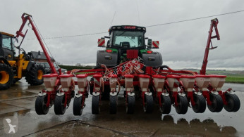 Accord Precision Seeder Optima 12-8rgs maïs betteraves