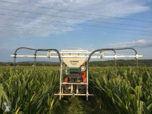 Прецизна сеялка Vento II für Grasuntersaat im Mais