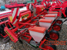 Becker Precision Seeder Aeromat