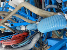Vetőgép Monosem Düngerschare mit Verteilerkopf auch für Kultan használt