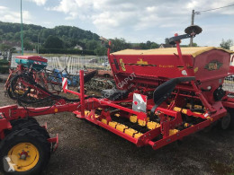 Conventional-Till Seed Drill rd 300 s