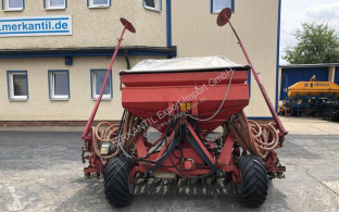 Accord DL 450 Pneumatic seed drill used