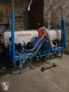 Monosem NG 6 Plus 2 used precision seed drill