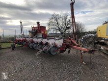 Becker AEROMAT M12 Z used precision seed drill