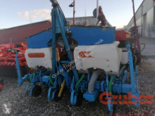 Monosem precision seed drill NG 4 Plus 4