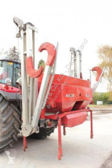 Kverneland used Fertiliser spreader