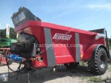 Distributore di fertilizzanti organici Perard