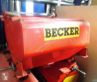 Distributore di fertilizzanti organici Becker 4x Düngertank mit je zwei Ausläufen
