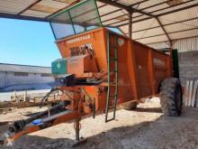 Rozhadzovanie Rozhadzovač maštaľného hnoja Dangreville EV 11