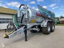 Distributore di fertilizzanti organici
