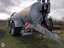 Veenhuis used Fertiliser distributor