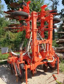 Esparcimiento Kuhn Sonstige Striera 6m Distribuidor de abono usado