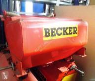 Becker Fertiliser distributor 4x Düngertank mit je zwei Ausläufen