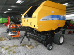 New Holland Round baler BR 7070
