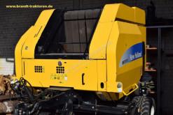New Holland BR 7070 Crop Cutter II Press med runda balar begagnad