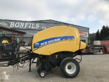 Presse à balles rondes New Holland ROLL-BELT 150