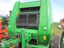 John Deere 854 Press med runda balar begagnad