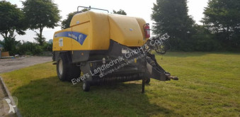 Fenaison New Holland BB9060 occasion