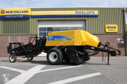 New Holland High-density baler BB920A