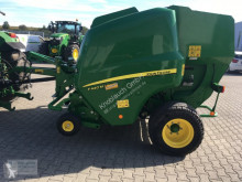 Press med runda balar John Deere F 440 M