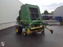 John Deere 592 Press med runda balar begagnad