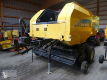 Presă baloţi rotunzi New Holland BR 740