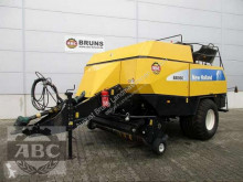 Presse à balles carrées New Holland BB 960 ASY