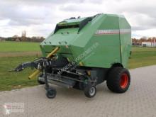 Rundballenpresse FENDT F2600V