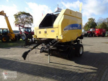 Press med runda balar New Holland BR750A