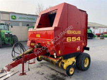 New Holland Round baler 654