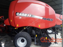 Case IH Press med runda balar begagnad