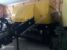New Holland square baler BB 9070