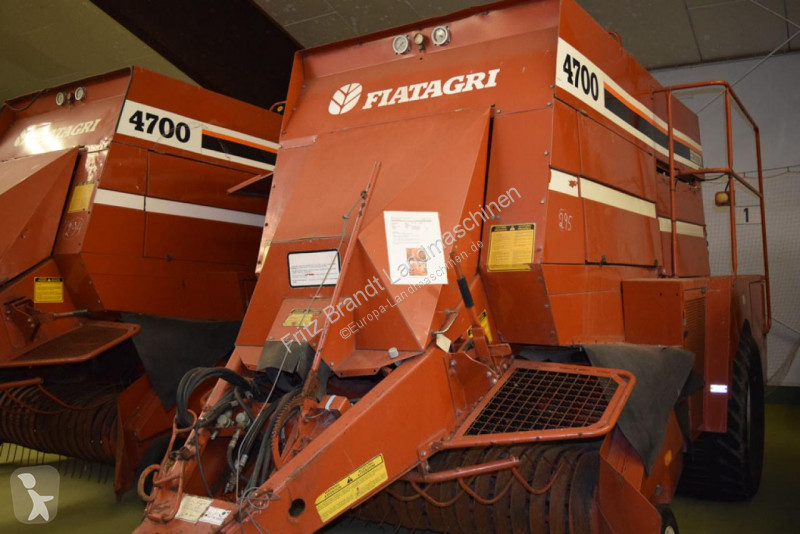 View images Nc Fiatagri Hesston 4700 haymaking