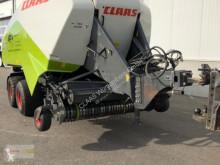 Kosenie lúk a sušenie sena Claas Quadrant 3200 RC Tandem lis na hranaté balíky ojazdený