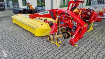 Kosenie lúk a sušenie sena Žací stroj Pöttinger NOVACAT 352