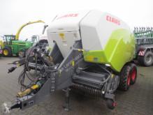 جمع الحشيش آلة تكديس القش بشكل مستطيل Claas Quadrant 5200 FC