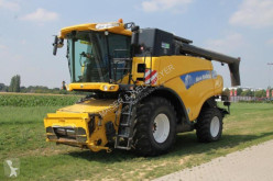 New Holland CR 9070 ELEVATION Moissonneuse-batteuse à double rotor occasion