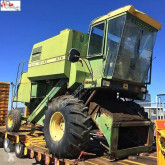 John Deere 975 Moissonneuse-batteuse occasion