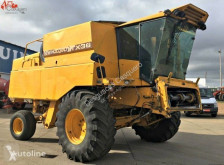 Ceifeira-debulhadora New Holland TX36