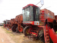 Massey Ferguson pieces d'etachee moissoneuse harvest used
