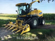 graanoogst New Holland FR 9040